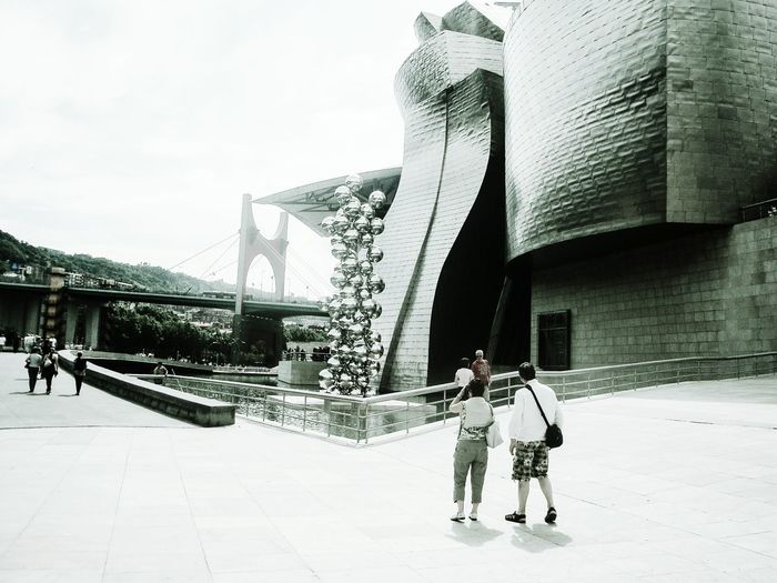 Taking Photos Arquitecture Guggenheim Bilbao Streetphotography Blackandwhite Bnw_friday_eyeemchallenge Art Is Everywhere