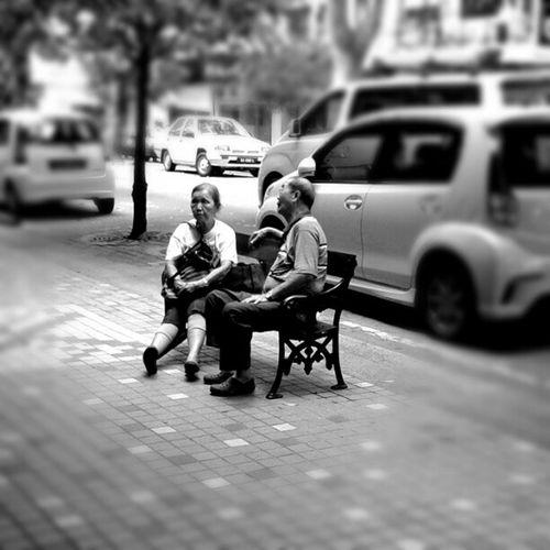 Instaphoto Instramhub Instagram Instapic blackandwhite bw_lovers bwoftheday bwstyles bw bnw_society Street street_photography street_shots streetphoto_bw mobilephotography mobileshot Malaysiaborneo gf_featured gf_malaysia gf_daily andriodneography people picoftheday photowall photooftheday igersmalaysia walking
