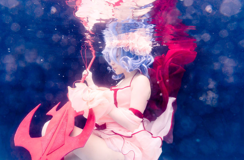 Seek not the truth, for it is irrelevant. Remilia Scarlet Touhou Project Cosplay Girl Portrait Underwater Pool Float Salt Water Vampire Loli Gungnir Solo Single Photoshoot Asdgraphy One Person Women Malaysia The Portraitist - 2017 EyeEm Awards Half Body Side