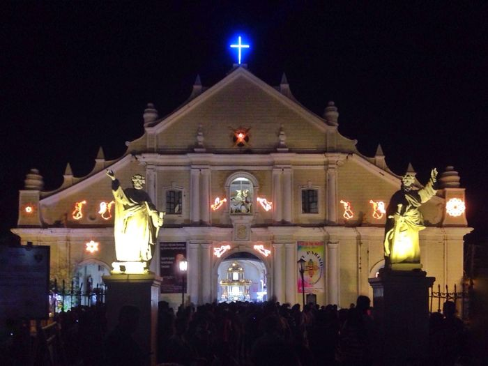 Give thanks and have a merry christmas! ❤️ Night Celebration Outdoors ChurchPH WhenInVigan Vigancathedral MerryChristmas Pray Blessed