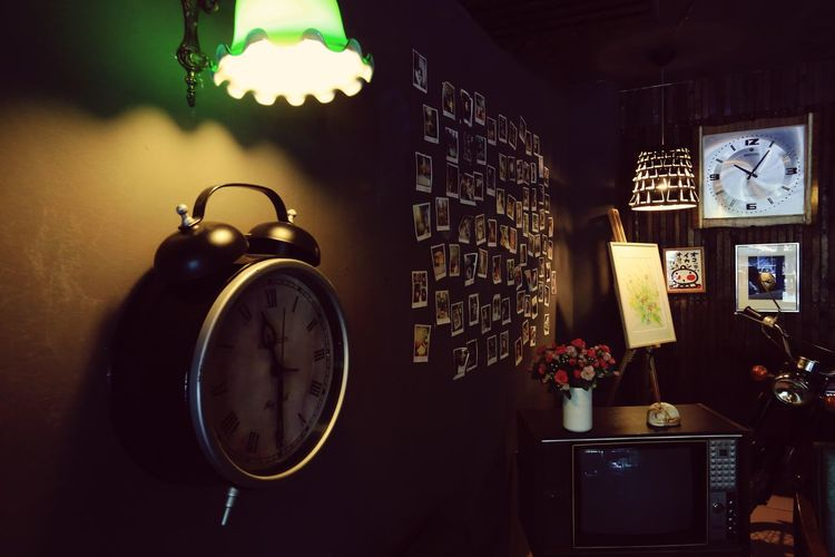 Illuminated Shelf Indoors  No People Choice Night Antiques Light Clock Frames Television