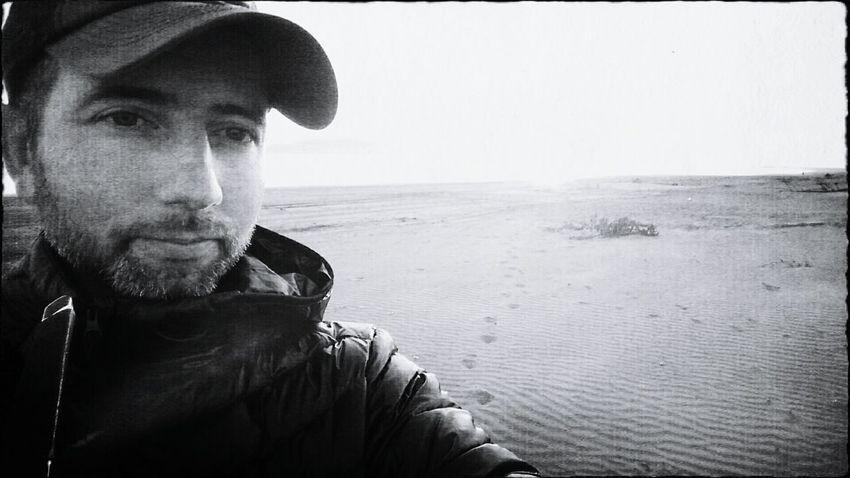 Beach selfie! Self Portrait Black And White Selfie ✌ That's Me! Hi! Good Evening Konbanwa People Of EyeEm