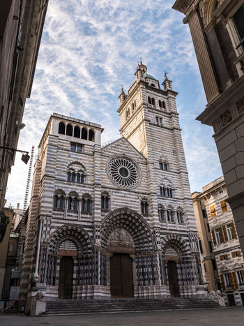"""The """"San Lorenzo"""" cathedral of Genoa Architecture Cathedral Church City Genoa Genova Lawrence View Building Building Exterior Frame Glimpse Italy Landmark Liguria Low Angle View Medieval Outdoors Outside Religion San Lorenzo Travel Destinations Urban"""