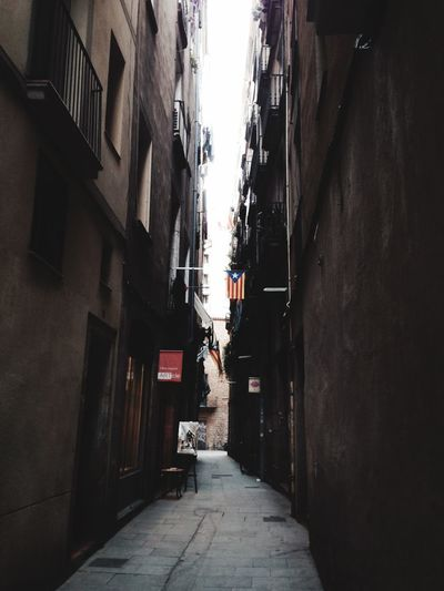 Barcelona Catalunya Under Pressure