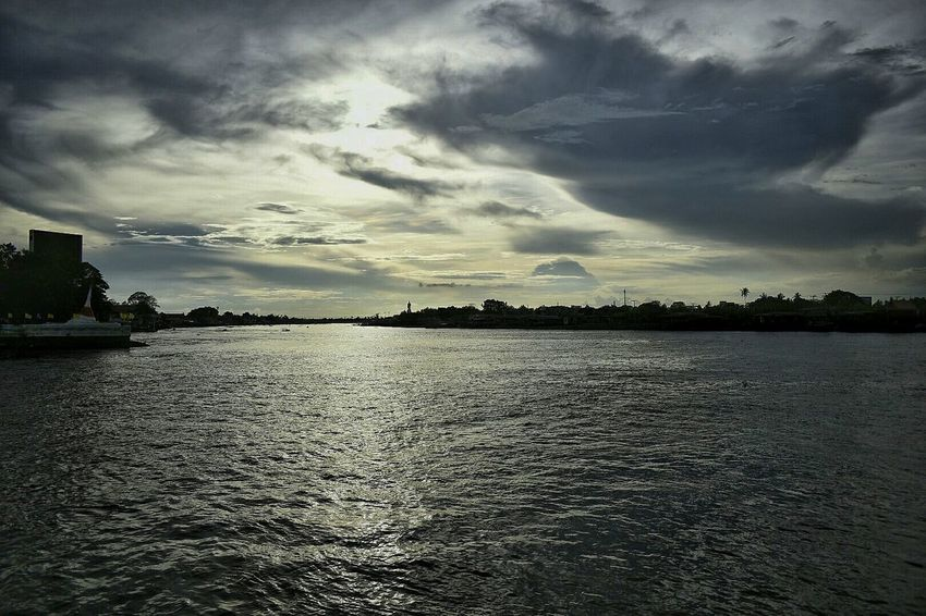 Cloud - Sky Dramatic Sky Outdoors Water Nature Sunset Scenics No People Beauty In Nature Lake Sky Day EyeEm EyeEm Team Thailand Beauty In Nature Nature Kokret Ko Kret Travel In Thailand Kohkret