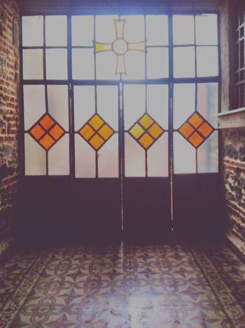 Sarıyer Kilise Window Slient