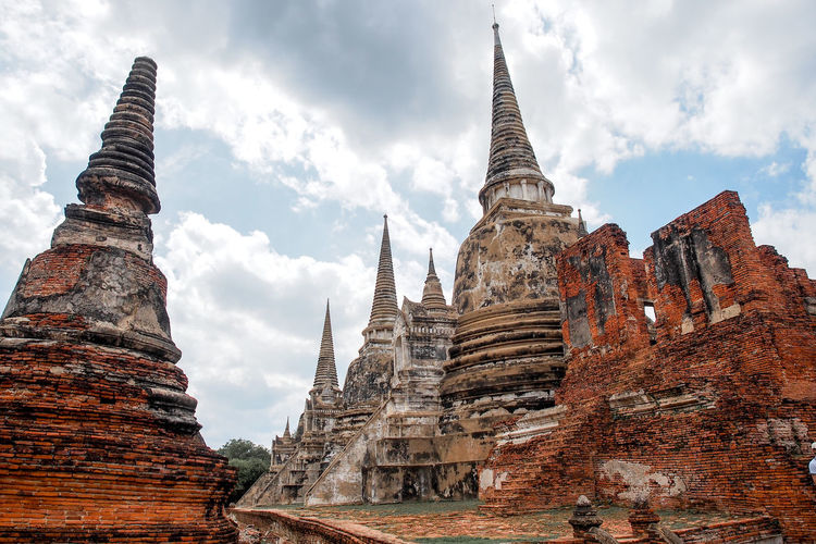 Ancient pagoda, Ayutthaya, thailand Old Buildings Old-fashioned Stupa Thailand Ayutthaya Ayutthaya Thailand Place Of Worship Religion History Cultures Ancient Civilization Pagoda Architecture Landscape Civilization EyeEmNewHere