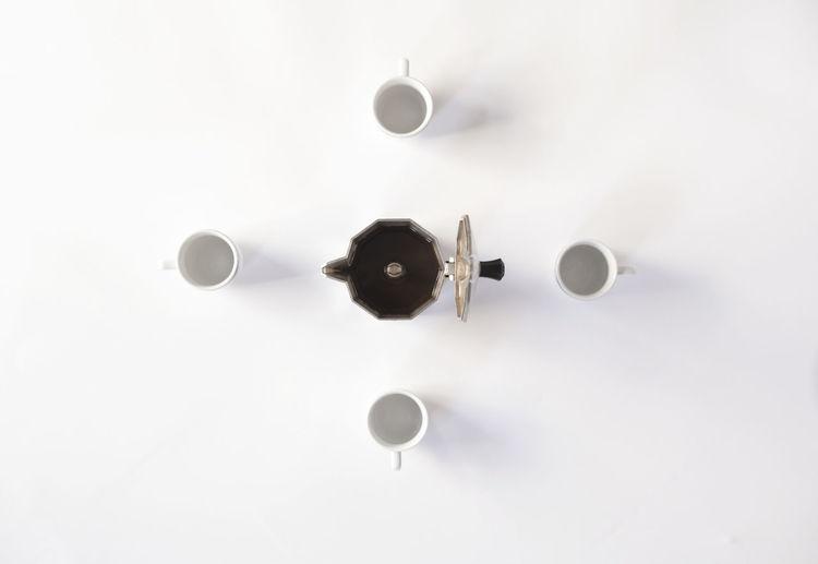 Indoors  No People Studio Shot White Background White Color Circle Coffee Coffee Time Moka