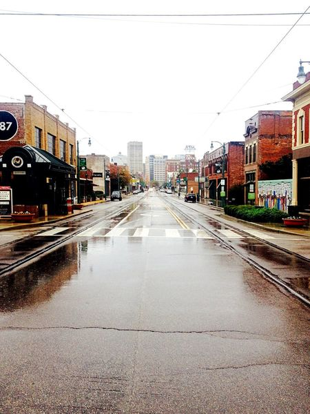 Walking In Memphis Rainy Day Photography Rainy Days☔ Memphis Memphis,tn Diminishing Perspective Street Building Exterior City Store Built Structure Architecture City Street The Way Forward Outdoors No People Day
