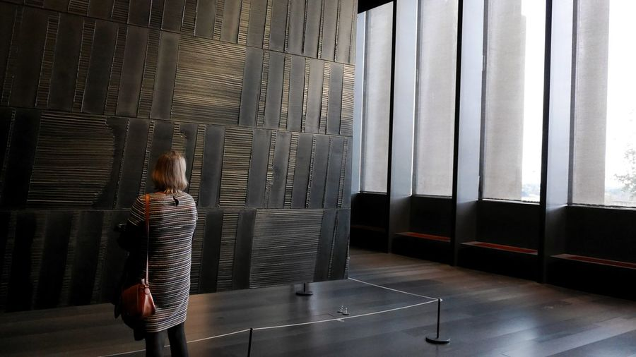 musee soulages Window Interior Design Soulages Soulages Museum Pierre Soulages Museum Art Museum Modern Art Art Painting Black Outrenoir Monochrome Architecture Woman Women Real People Dress Rodez Curtain Window Standing Pixelated Visiting Oil Painting Oil Paint
