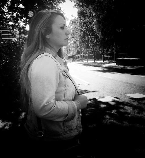 Woman Streetphoto_bw Monochrome_life Streetphotography