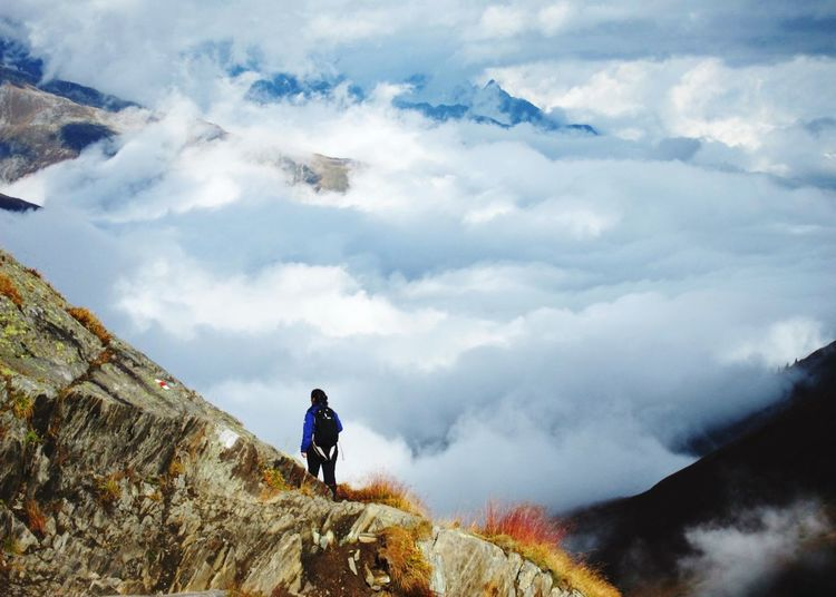 Share Your Adventure Hiking over a see of fog at Oberalppass Swiss Alps The Great Outdoors - 2015 EyeEm Awards EyeEm Nature Lover Mountains Capturing Freedom Edge Of The World The Adventure Handbook