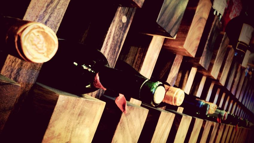 Cava Viños Botellas Botellas Decorativas Botellas De Vino Wine Wine Bottles Wine Bar Bar De Vinos Bar Design Bar Decoration Bar Food And Drink Food And Beverages Built Structure Still Life Fine Art Urban Photography Travel My Favorite Foods Market