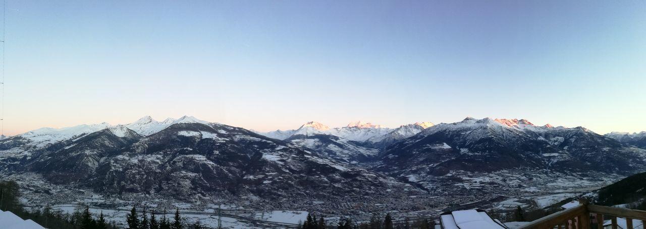 un buongiorno spettacolare Amazingview Aosta Valledaosta Vda Italy Shades Of Winter Snow Winter Mountain Cold Temperature Mountain Range Nature Scenics Landscape Snowcapped Mountain