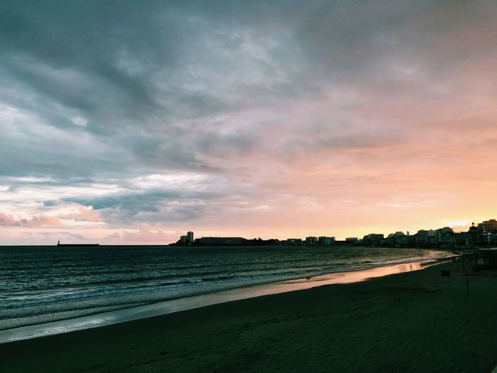 Beach Sea Sunset City Lessablesdolonne Cloud - Sky Nature Water Sky First Eyeem Photo Day Adventure Tranquil Scene Beauty In Nature Tranquility Clear Sky Vacations