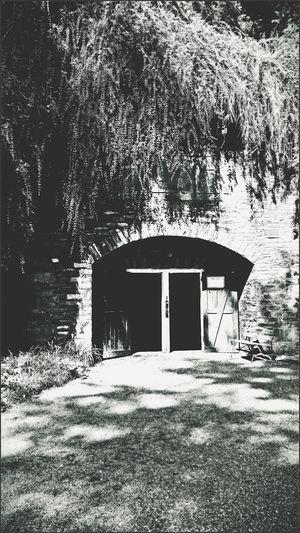 Cave Entrance Enter Doors Doorways Black & White EyeEm Gallery Brick Wall Creative Light And Shadow Shades Of Grey