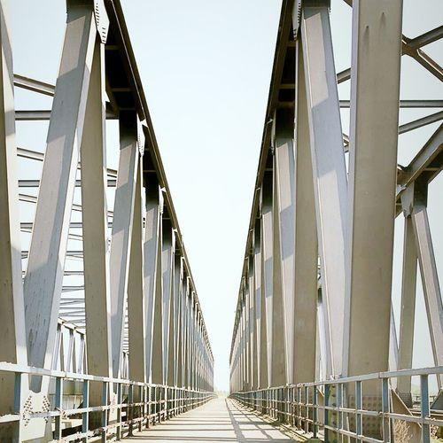 Bridges Vanishing Point Myview Picoftheday Instagood Awesome_shots EyeEm Best Edits Instabest Bestshot Instagood, #tweegram #photooftheday #sketch,#sketchclub,#malen,#painting,#instagram,#picoftheday,#art,#star,#followme,#follo