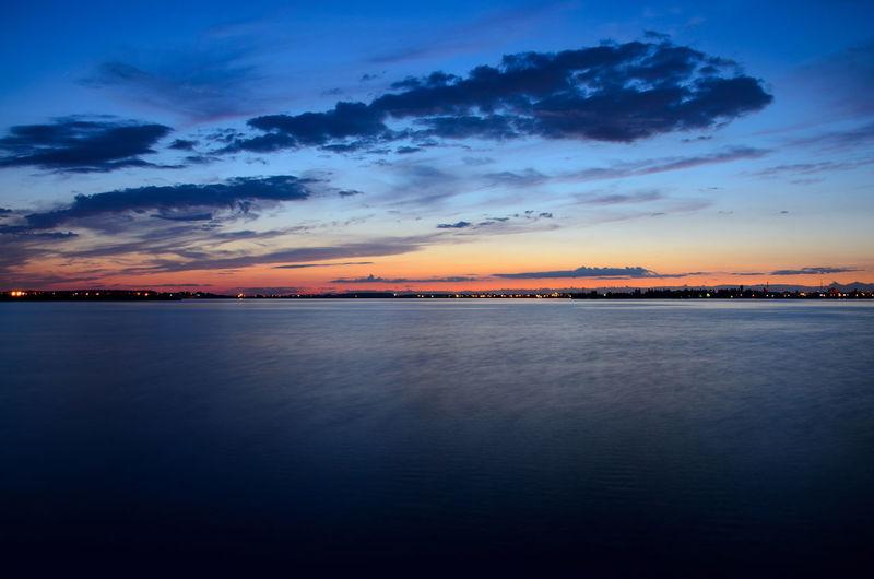 Cloud Cloud - Sky Distant Lake Light Majestic Nature Outdoors Park Sky Sunset Tranquil Scene