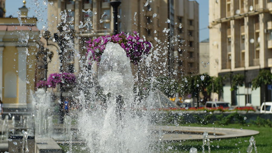 CarlZeissPlanar Kiev Ukraine Planar 80/1.5 Architecture Building Exterior Built Structure Carlzeisslens City Day Flower Fountain Freshness Motion Nature No People Outdoors Planar Sonya7II Splashing Spraying Water