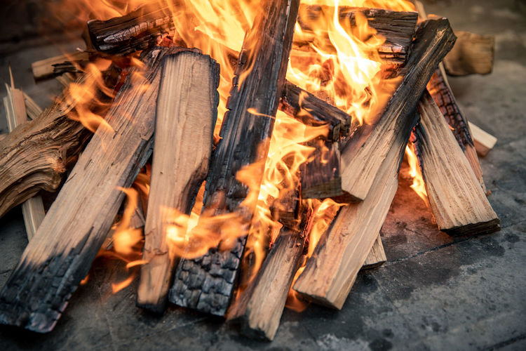 Bonfire on wooden log
