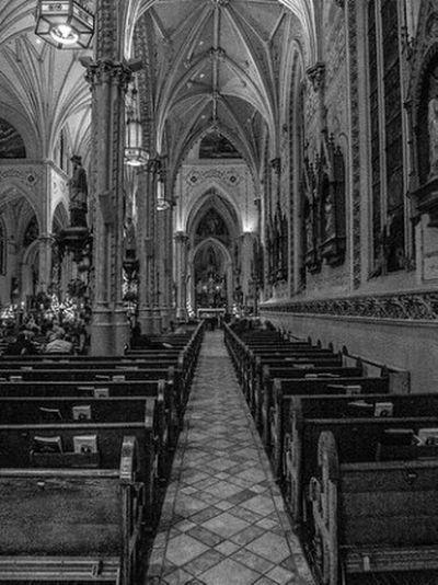 NoCameraFlash Samsumg EX2F Cuyahoga County Cleveland Ohio PolishParish Catholic Christmas2015 Romancatholic