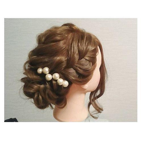 ヘアセット Hairアレンジ ヘアアレンジ Hair 美容院 手作りアクセサリー セットサロン 編み込みアップ♡ あけましておめでとうございます♡ 店が定休日のため、ウィッグ更新♡ コットンパール大好き(°_°)