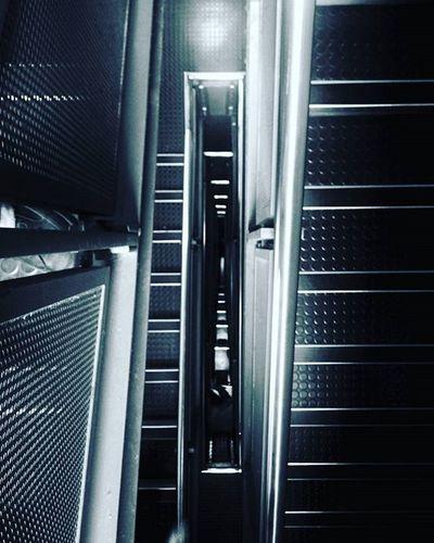 Stairs Perspective VP Vanishingpoint Abstract Bw Blackandwhitephotography Blackandwhite Principia Timpeake Space