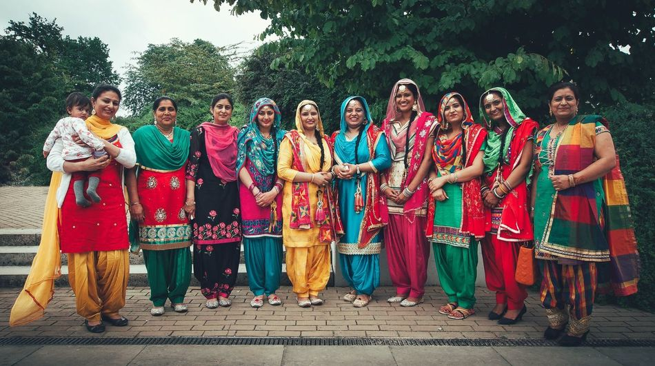 Colorful women - MAinLoveWithColors and Group of Big Girls Colorful People Women Group Of People Beautiful Colors Beautiful Colors Culture Cultures Culture And Tradition Traditional Clothing People Photography Smile Smiling Smiling Faces Sunny Sunny Day Together Togetherness Community How I See People How I See The World Women Around The World