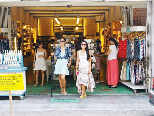 Walking Around Tourists Being A Tourist Shopping Summertime Summerdress Skirt