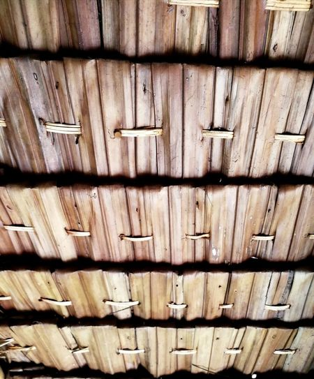 Backgrounds Pattern Full Frame Textured  No People Close-up Building Exterior Wood Grain Leaves🌿 LeaveLeaves Photography Leaves Background Leaves Material Long Line Brown Handmade Thai Hut Crafted Beauty