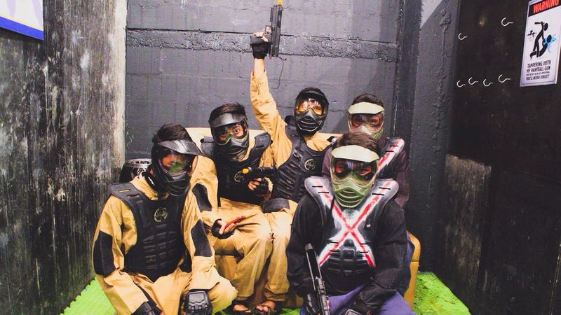 Paintball game Paintball Ready To Fight Suits Of Armour Guns Style Soldier