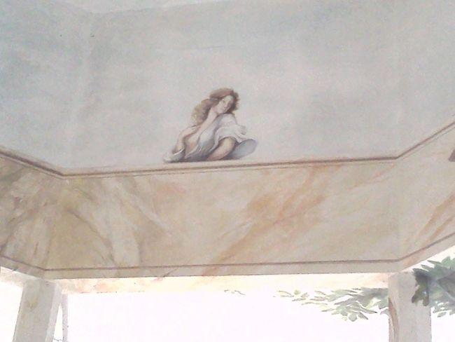 Architecture Devorazione Dipntisu Pietra Donne Human Representation Outdoors Pittura Trompe L'oeil