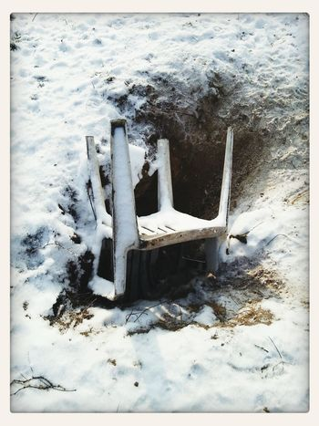 Chairs_in_snow PhotoArt By Kitty Fischer Winter White By CanvasPop Taking Photos Outdoors Photograpghy  Chairs Lonely Objects Object Photography Chair In Garden Winter_collection Winter Time Snow Detailphotography Waiting For The Sun Chairs And Tables