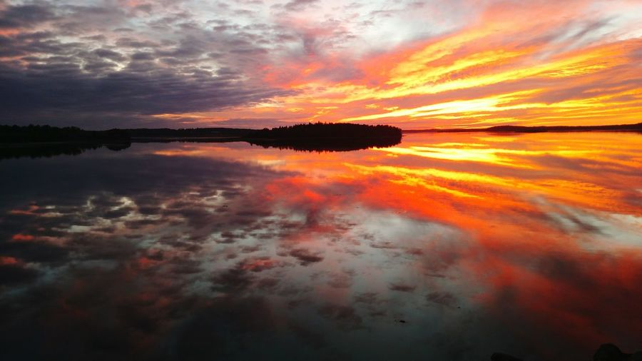 Sunset Sunset And Clouds  Reflection Sunset Silhouettes Sunsetlover Nature Photography Fundybay