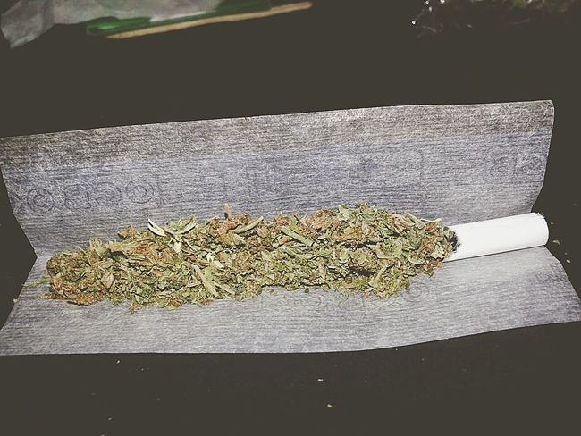 Mañanero con juli❤ Weed Rolling Weed Relaxing That's Me Enjoying Life Hello World
