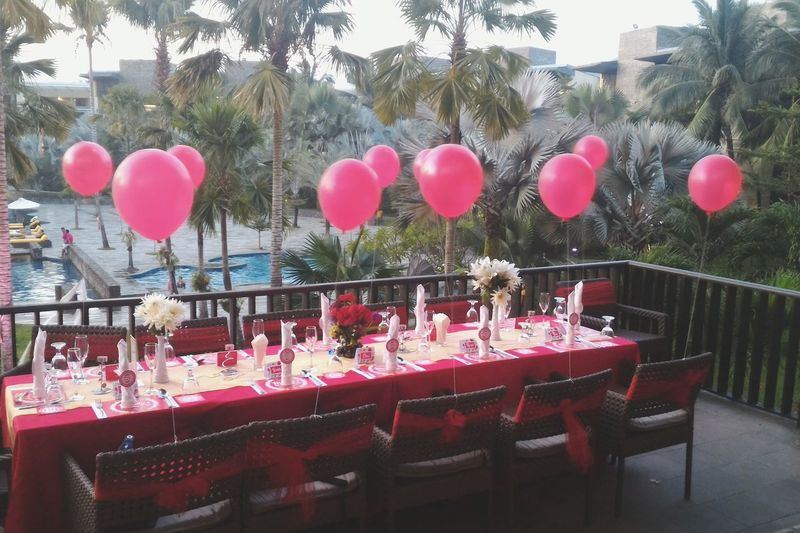 Party planner Party Time Party Partyplanner Partydecorations Partydecor Redparty Redbaloons Birthday Party Birthdaygirl Taking Photos Relaxing Enjoying Life Partydesign Flower Dinner Birthday Faces Of EyeEm First Eyeem Photo