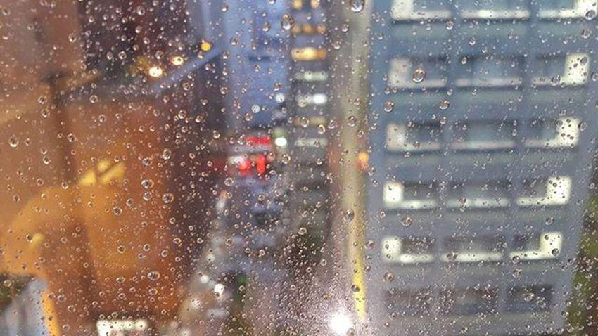 Taipei in the rain ☔ Taiwanonemoretime Bittersweetjourney Journeyishappy Taipei Taiwan