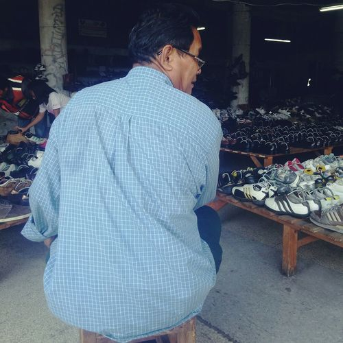 Shoes for him, sold by Him. EEA3 EEA3 - Bangkok Just Looking