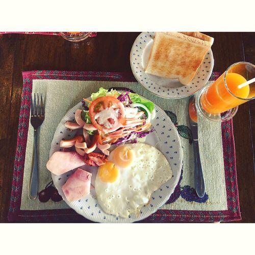 Morning Breakfast Puprapairesort