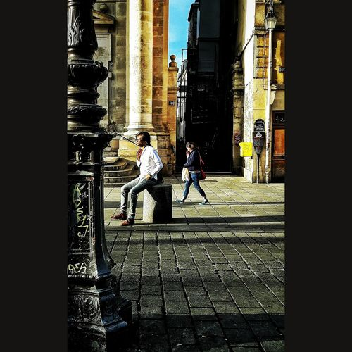 Paris Marais Maraisdistrict Saintpaul Walking Sitting Dailytrip Trajetquotidien Streetphotography City