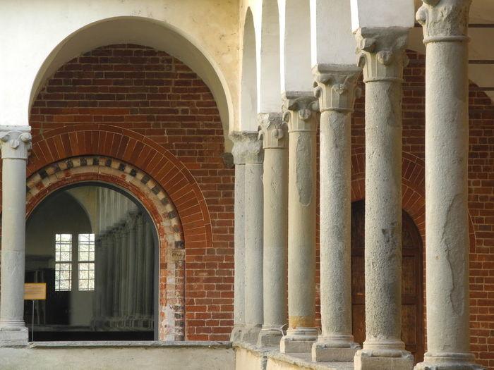 Morimondo Arch