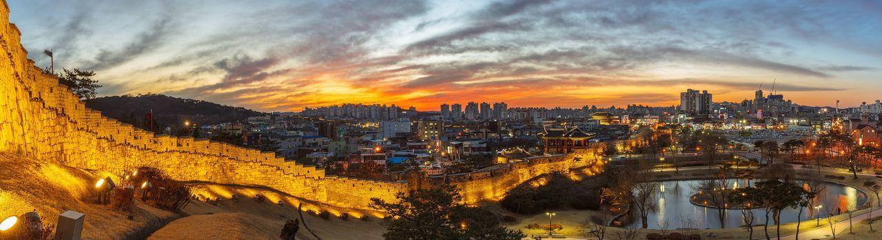 수원 수원화성 용연 방화수류정 야경 파노라마 Suwon Suwon Hwaseong Fortress City Night Landscape Night View Nightscape Panorama with 소니 Sony A7R and 캐논 Canon EF16-35mmF4LIS USM