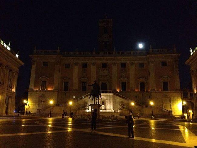 Cities At Night The Capitol Night Lights Nightphotography Night View Lights The Moon Moon