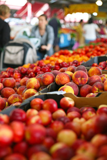 Abundance Food Food And Drink For Sale Fresh Fruit Freshness Fruit Healthy Eating Market Market Stall Peach Peaches Peaches🍑 Retail  Stone Fruit