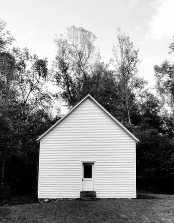 If the walls could talk inside this old one room school house! This is one of the few buildings left up in Cataloochie that date back to the 1800's. What a find, and the inside was amazing! So much history! Landscape Built Structure Black And White One Room Schoolhouse Historical Building Freas EyeEm Cell Phone Photography
