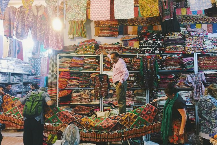 jaipur, india in rajasthan Abundance Arrangement Casual Clothing Choice Collection Colorful Display Fabrics For Sale Freshness Illuminated India Jaipur Large Group Of Objects Looking Ornate Person Repetition Retail  Textiles Variation Wicker