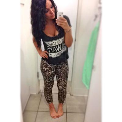 Shopping is what I do best ??? Leggings YEAHBUDDY Selfie
