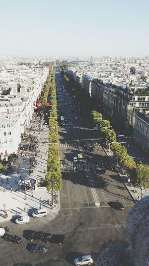 Champselysées Arcdetriomphe Paris Sunny