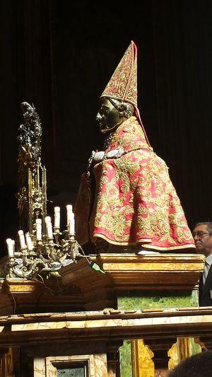 Il miracolo di San Gennaro Religion And Tradition San Gennaro
