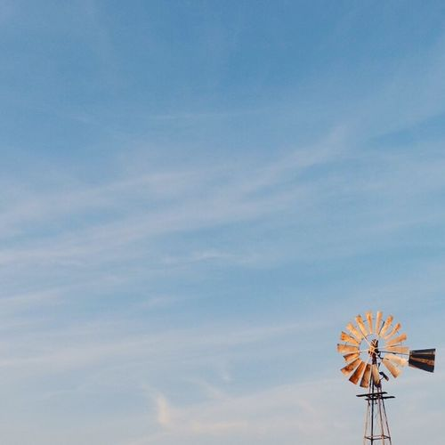 Sometimes less really is more. Check This Out Minimal Minimalism Taking Photos VSCO VSCO VSCO Cam Windpump Windmill
